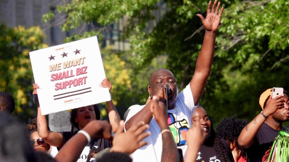 Une manifestation au centre-ville de Washington.