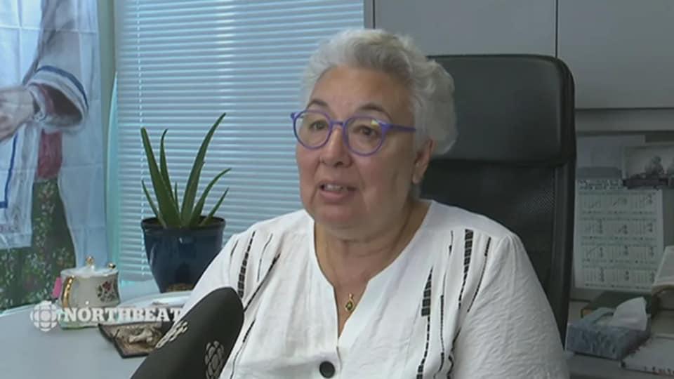 Manitok Thompson en entrevue à CBC.