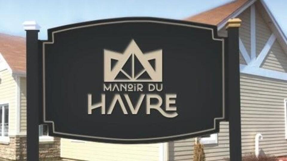 Une affiche devant le Manoir du Havre à Maria.