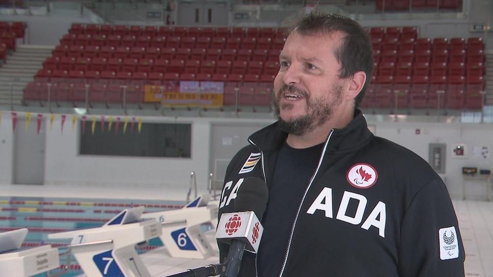 Marc-André Pelletier, entraîneur de l'équipe de natation du Canada aux Jeux paralympiques de Tokyo.