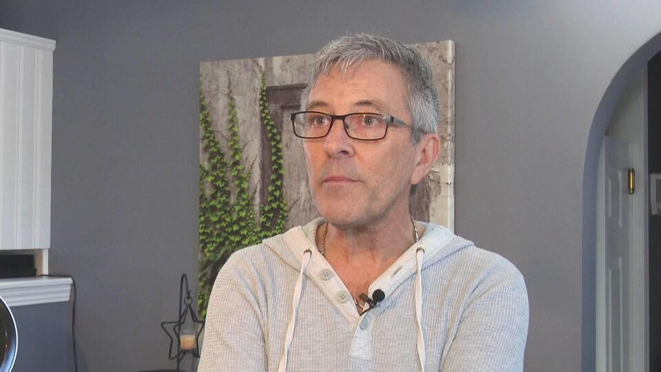 Marcel Richard en entrevue.