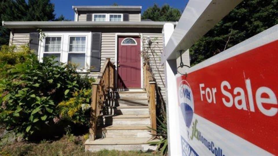 Une maison à vendre.