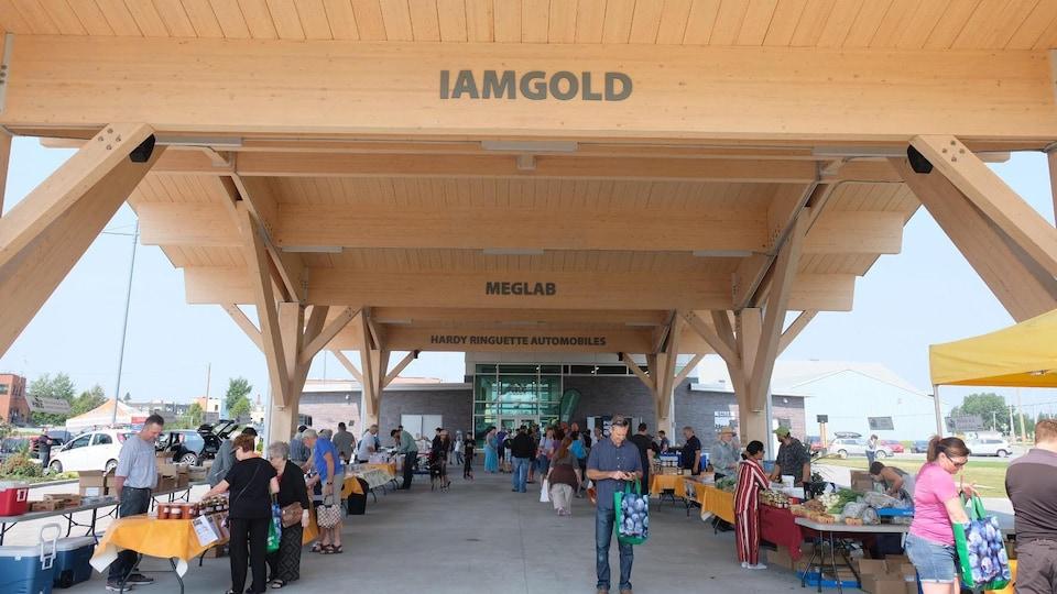 Place Agnico-Eagle, marché public de la Vallée-de-l'Or