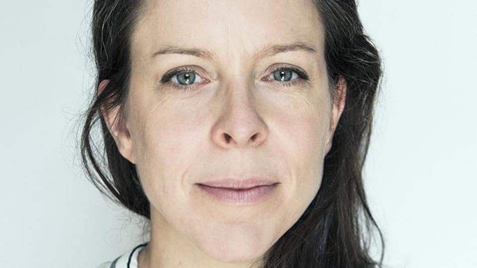 Marie Noëlle Blais est libraire, éditrice et chroniqueuse. Elle collabore régulièrement à l'émission littéraire hebdomadaire La librairie francophone animée par Emmanuel Khérad et diffusée sur les ondes d'ICI Radio-Canada Première.