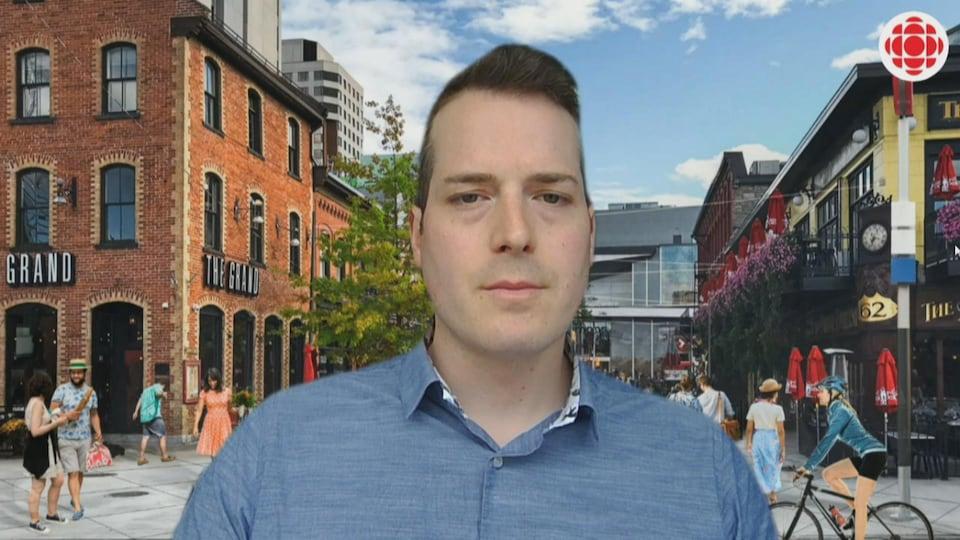 Le conseiller municipal du quartier Rideau-Vanier en entrevue à Radio-Canada.