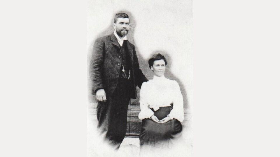 Un portrait de Maurice Quennelle et son épouse en 1892