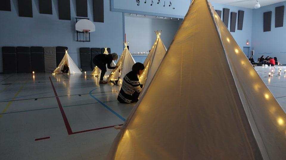 Des activités de méditation sont au programme des retraites organisées par l'agence Canadian Fertility Consulting.