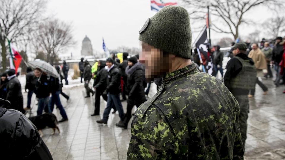 Un manifestant lors d'un rassemblement de La Meute à Québec.