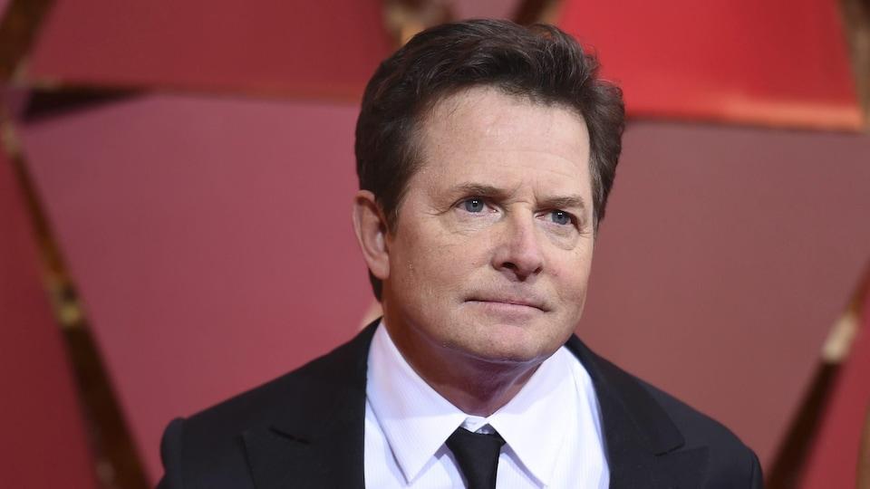 L'acteur canadien Michael J. Fox sur le tapis rouge des Oscars, le 26 février 2017.