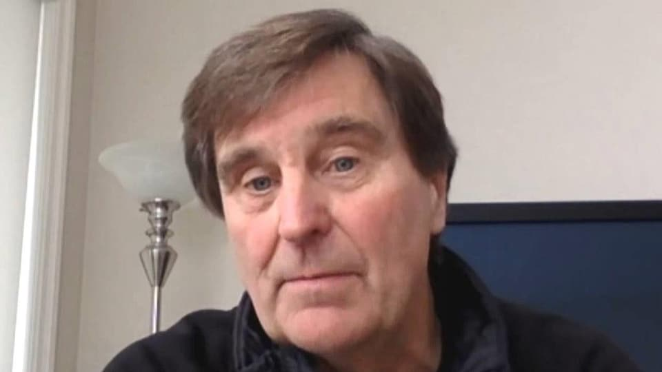Mike Cassidy en entrevue par webcam.