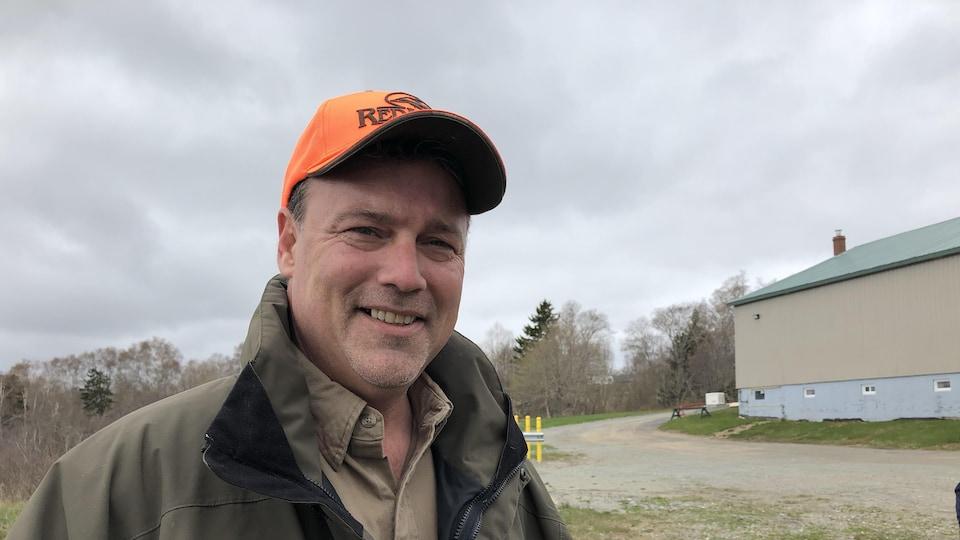 Le ministre du Développement de l'énergie et des ressources du N.-B., Mike Holland.