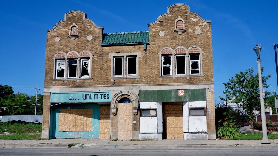 Un immeuble abandonné à Milwaukee, au Wisconsin.