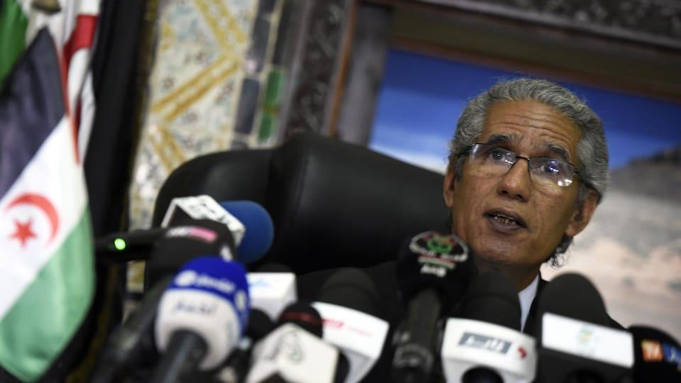 Mohamed Salem Ould Salek en conférence de presse.