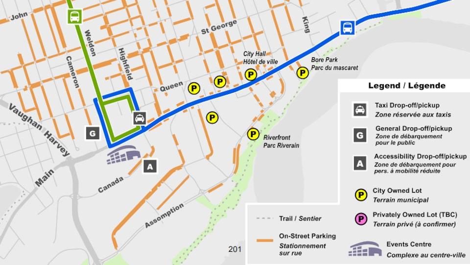 Plan du centre-ville indiquant les stationnements