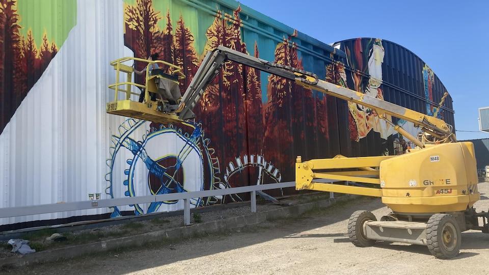 Une murale à La Sarre en Abitibi-Ouest.