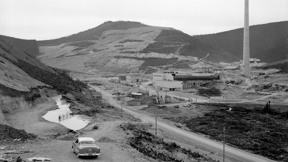 Photo d'archives de mines de Murdochville, en 1955