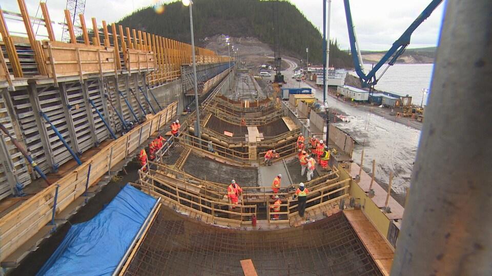 Travailleurs au chantier de Muskrat Falls, au Labrador.