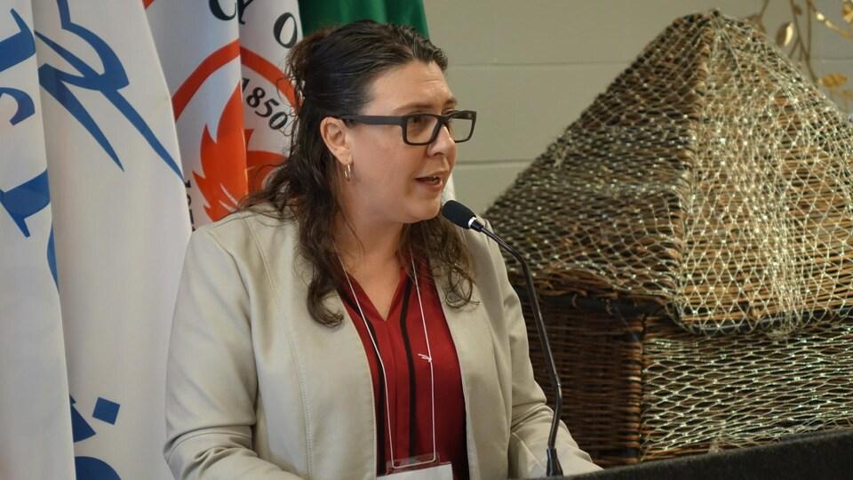 La directrice générale de l'AFRY, Nadia Martins, en conférence de presse.