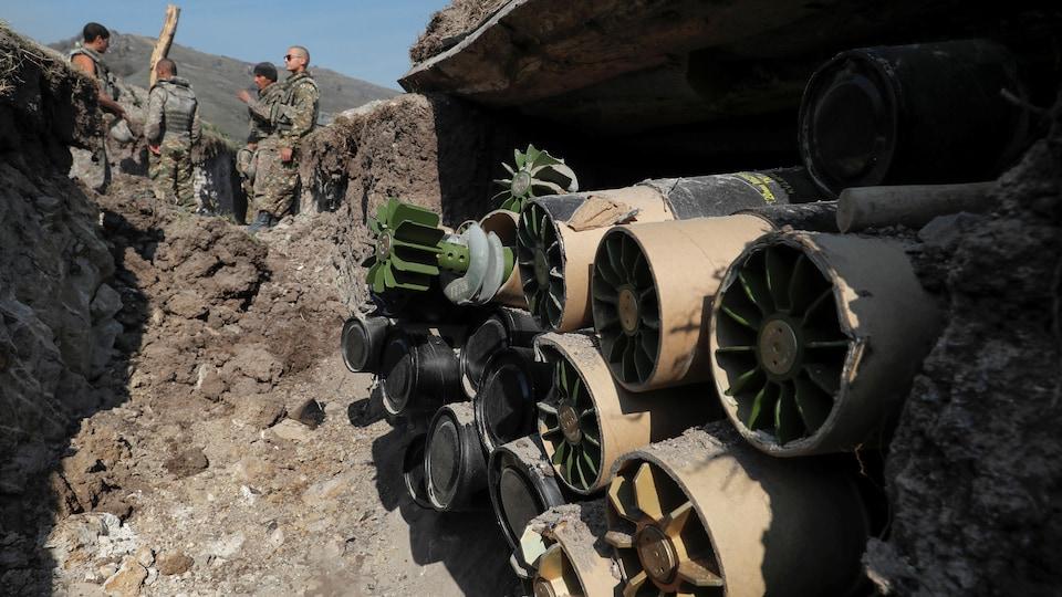 Des soldats arméniens sur la ligne de front au Nagorny-Karabakh.
