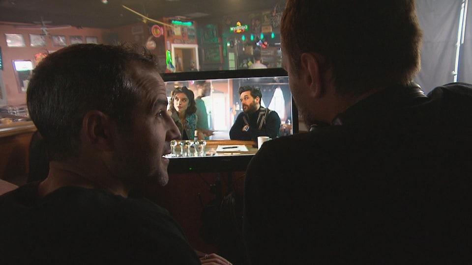 Christian Essiambre, co-auteur et comédien de la série les Newbies, durant le tournage de la deuxième saison.