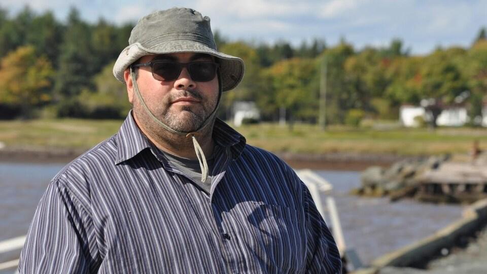 Curtis Bartibogue, pêcheur micmac de homard.