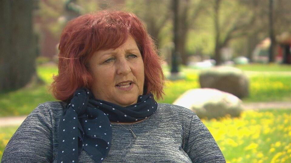 Noëlla Arsenault en entrevue.