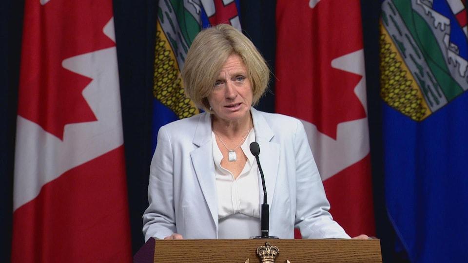 La première ministre de l'Alberta Rachel Notley