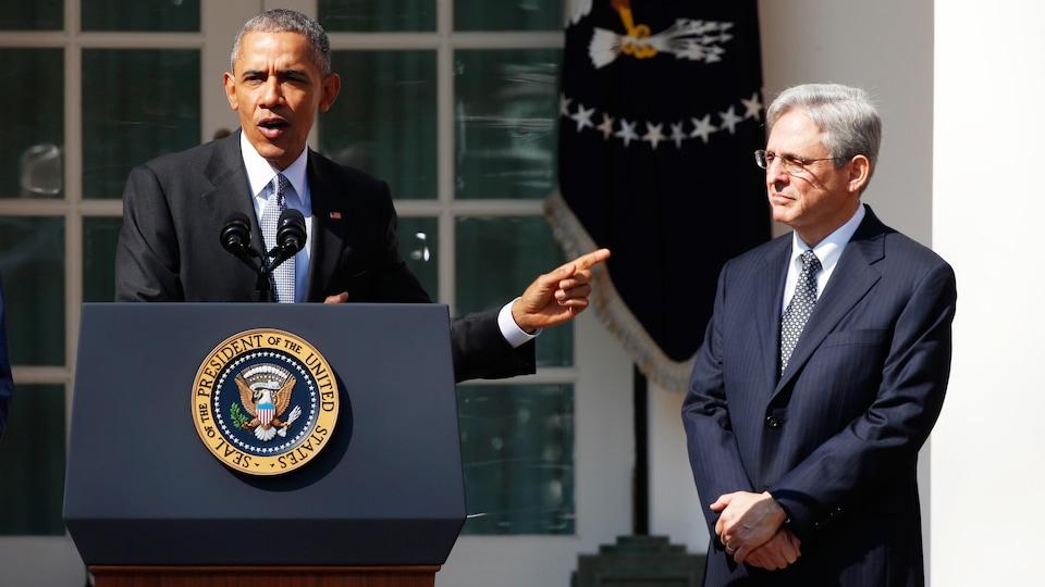 Barack Obamak présentant Merrick Garland.