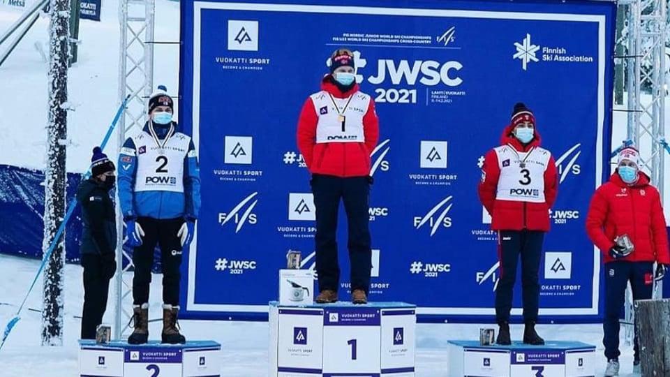 Les trois athlètes sur le podium.