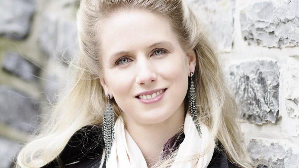 Une photographie de la soprano Stéphanie Lavoie