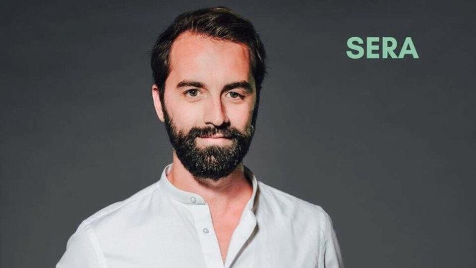 L'ostéopathe et entrepreneur social de Rouyn-Noranda Jean-Félix Perreault offre un modèle d'affaires unique : de l'ostéopathie communautaire.