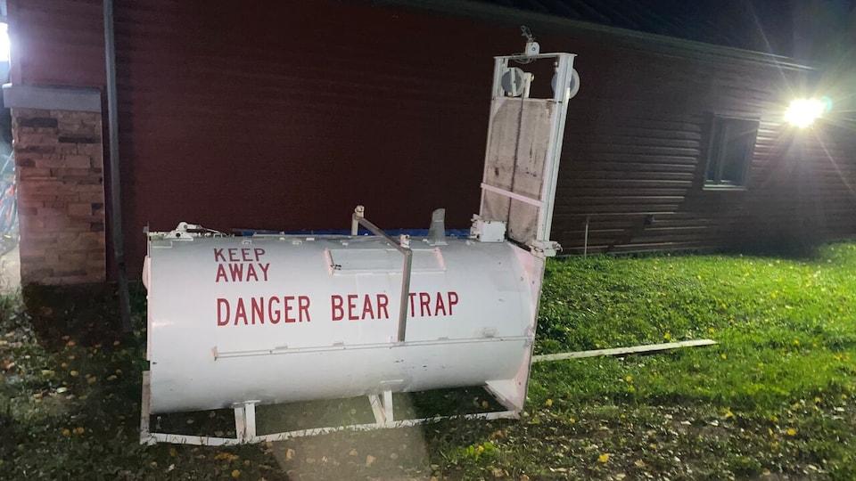 Un piège à ours.