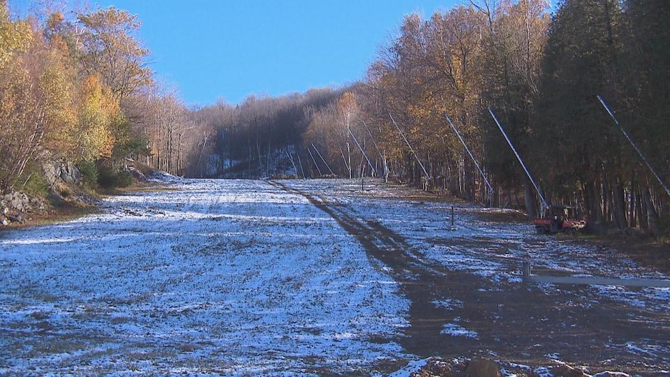 Les propriétaires ont investi pour bonifier le système d'enneigement et réaménager des pistes.