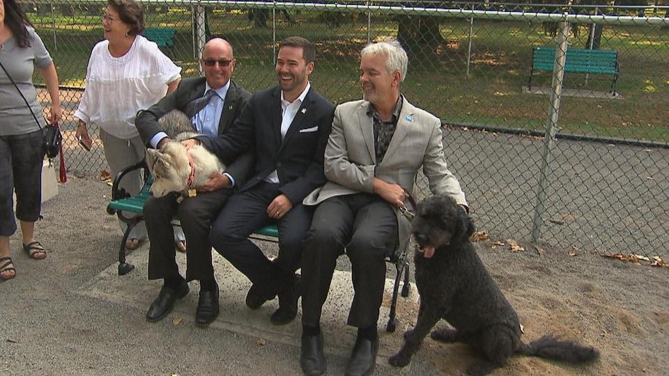 Un troisième par canin est inauguré à Trois-Rivières.