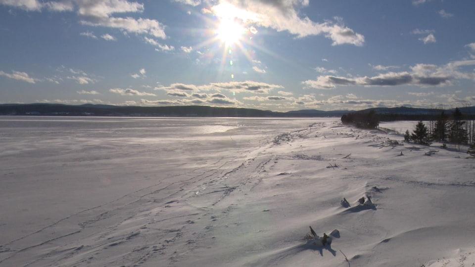 La pointe de penouille en hiver, dans le Parc national Forillon