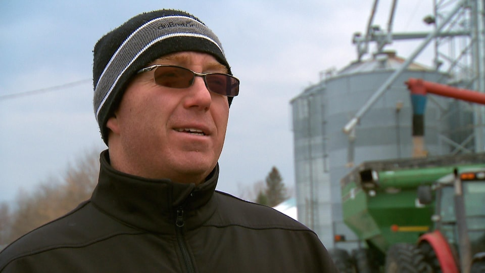 Pascal Boivin, copropriétaire de la ferme Lorge à Saint-Narcisse-de-Beaurivage dans Chaudière-Appalaches lors d'une entrevue.