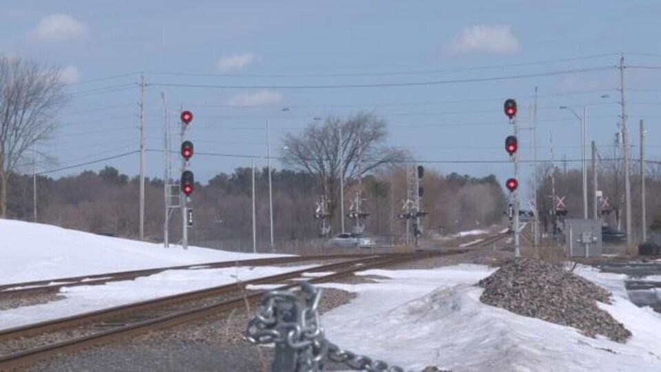Le passage à niveau de Fallowfield, en hiver