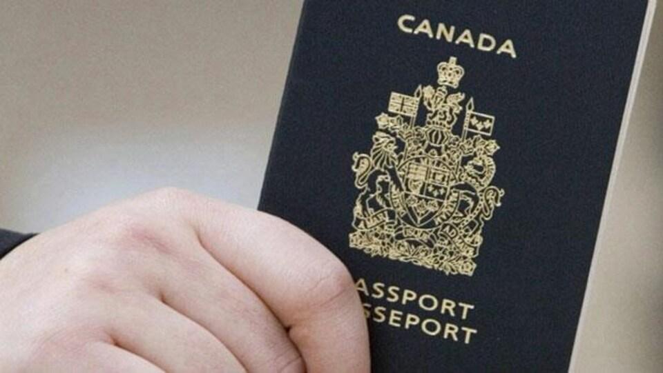 Un passeport canadien