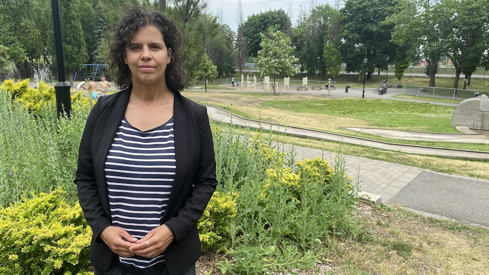 Patricia Clermont dans le parc Mogran.