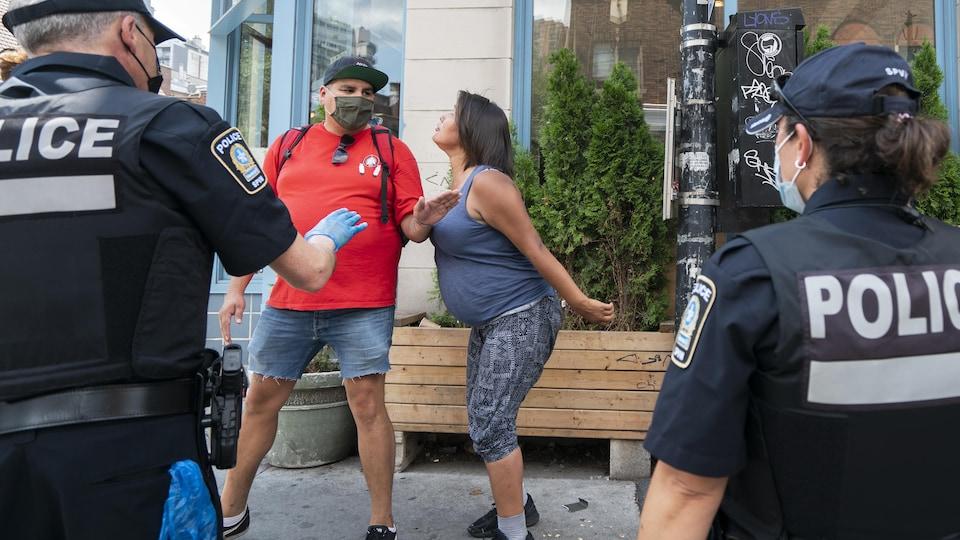 site de rencontre avec des policiers hun flirter med andre