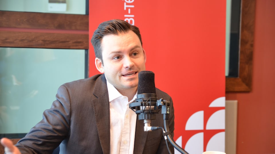Paul Saint-Pierre-Plamondon, de passage en Abitibi-Témiscamingue