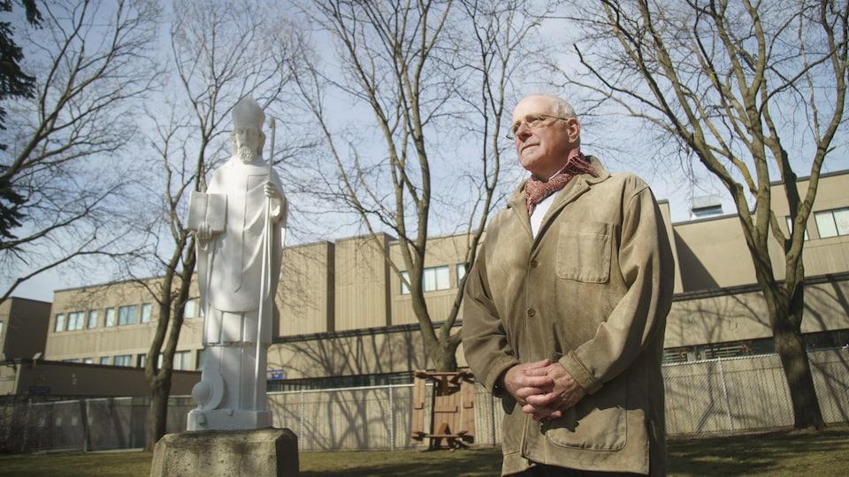 Le père Erik Oland dirige l'ordre des Jésuites au Canada.