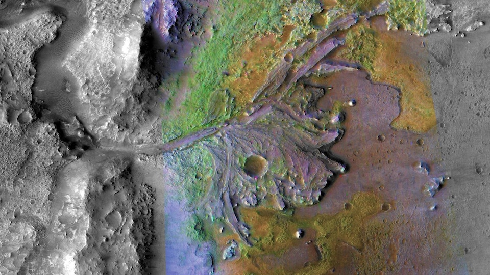 Une vue rapprochée de Mars.