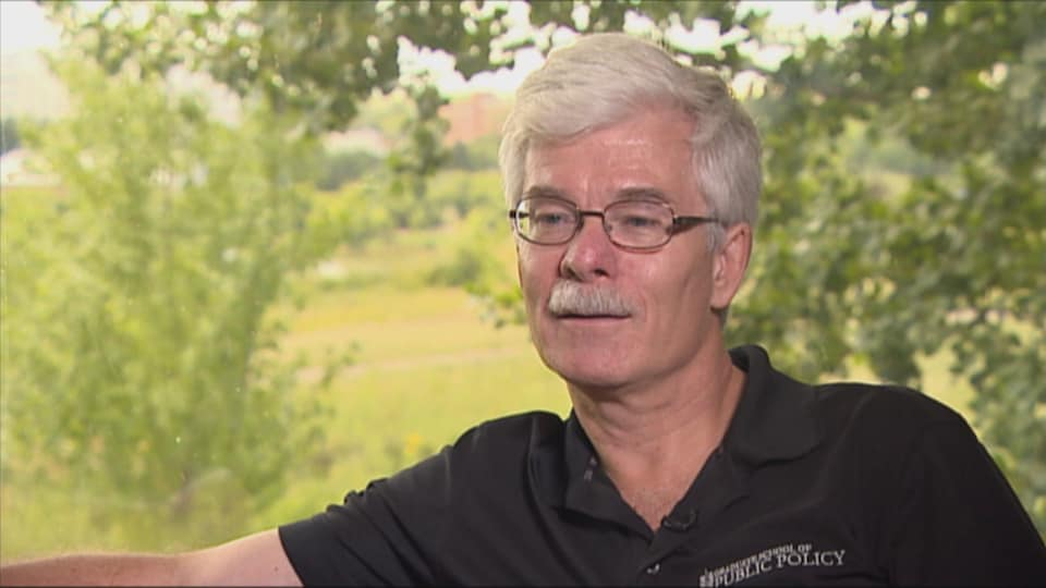 Le professeur à l'Université de la Saskatchewan Peter Phillips