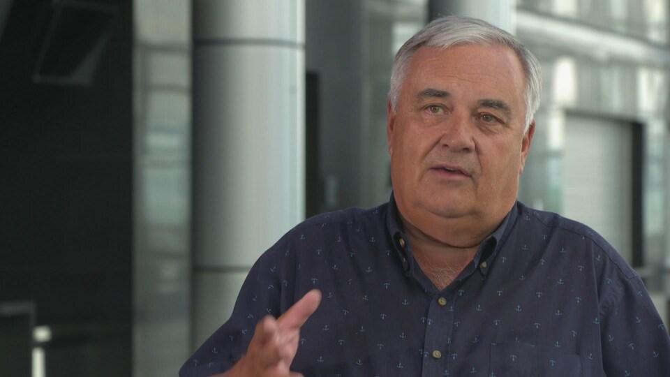 P. Michel Bouchard en entrevue au Centre des congrès.