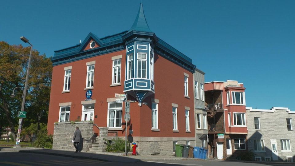 Le Pignon bleu est situé au coeur de la basse-ville de Québec.