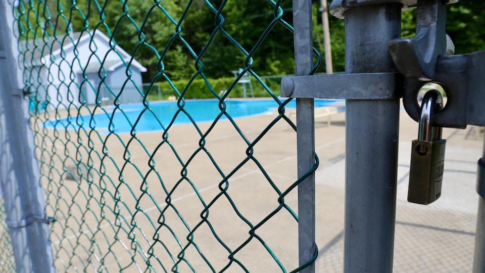 Le centre de vacances Cité Joie, dans la région de Québec, a été obligé de réduire ses heures de baignade.