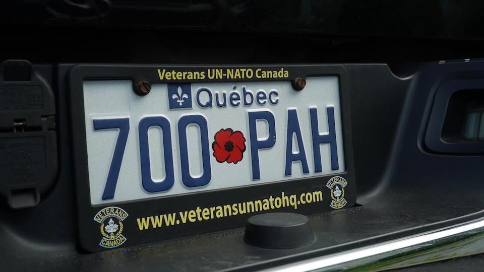 Québec dévoile la plaque d'immatriculation unique pour les vétérans