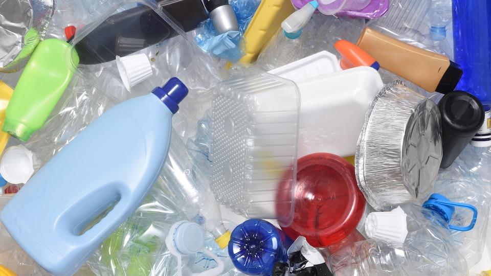 Des produits en plastique recyclable
