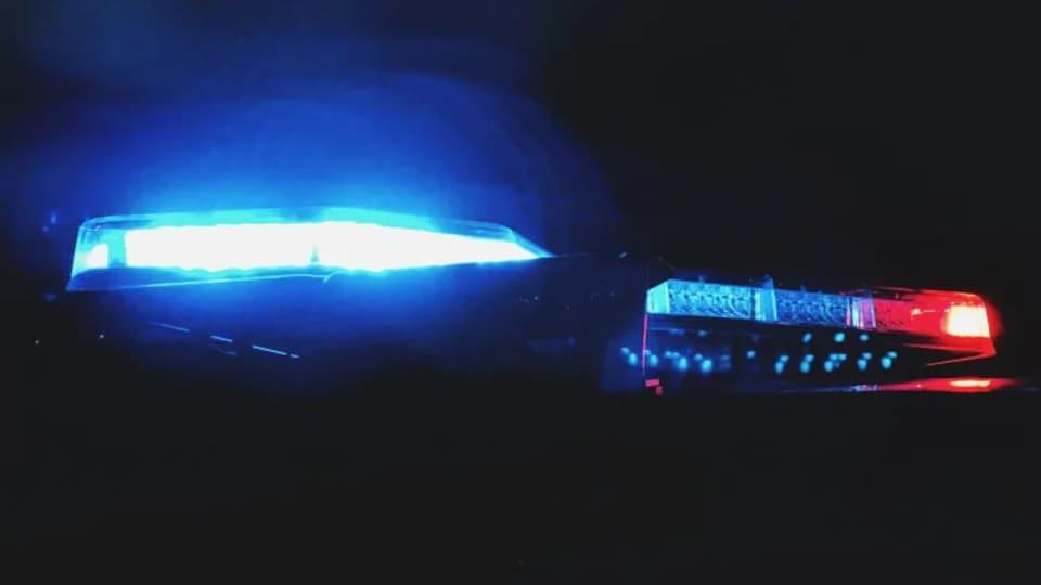 Les gyrophares d'un véhicule de police.